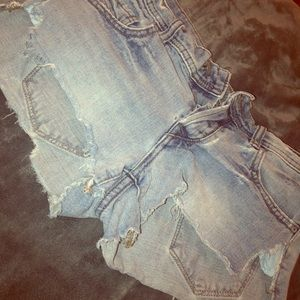 Free people denim shorts ⚡️
